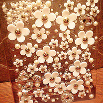 New All White Diasy Flowers Pearls Rhinestones iPad 2/ New iPad Case