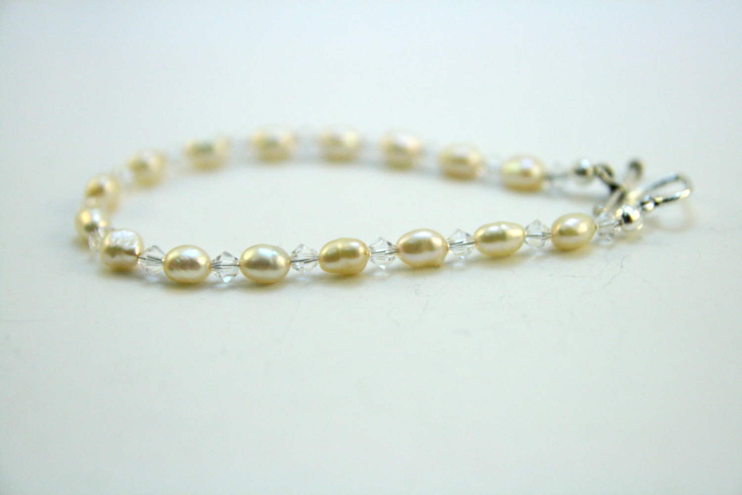 Pearl and Crystal Bracelet e1afac9435