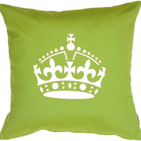 DIY Shirt Pillow with Royal Crown Keep Calm and Carry ON Designer Pattern Wall Stencil