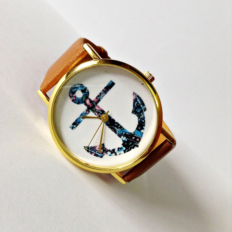 anchor nautical vintage style leather