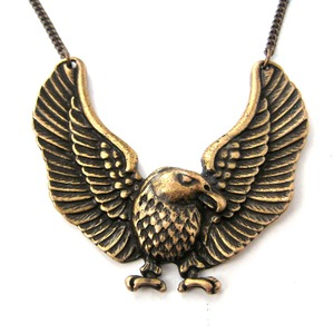 Detailed Eagle Hawk Bird Shaped Animal Pendant Necklace in Bronze
