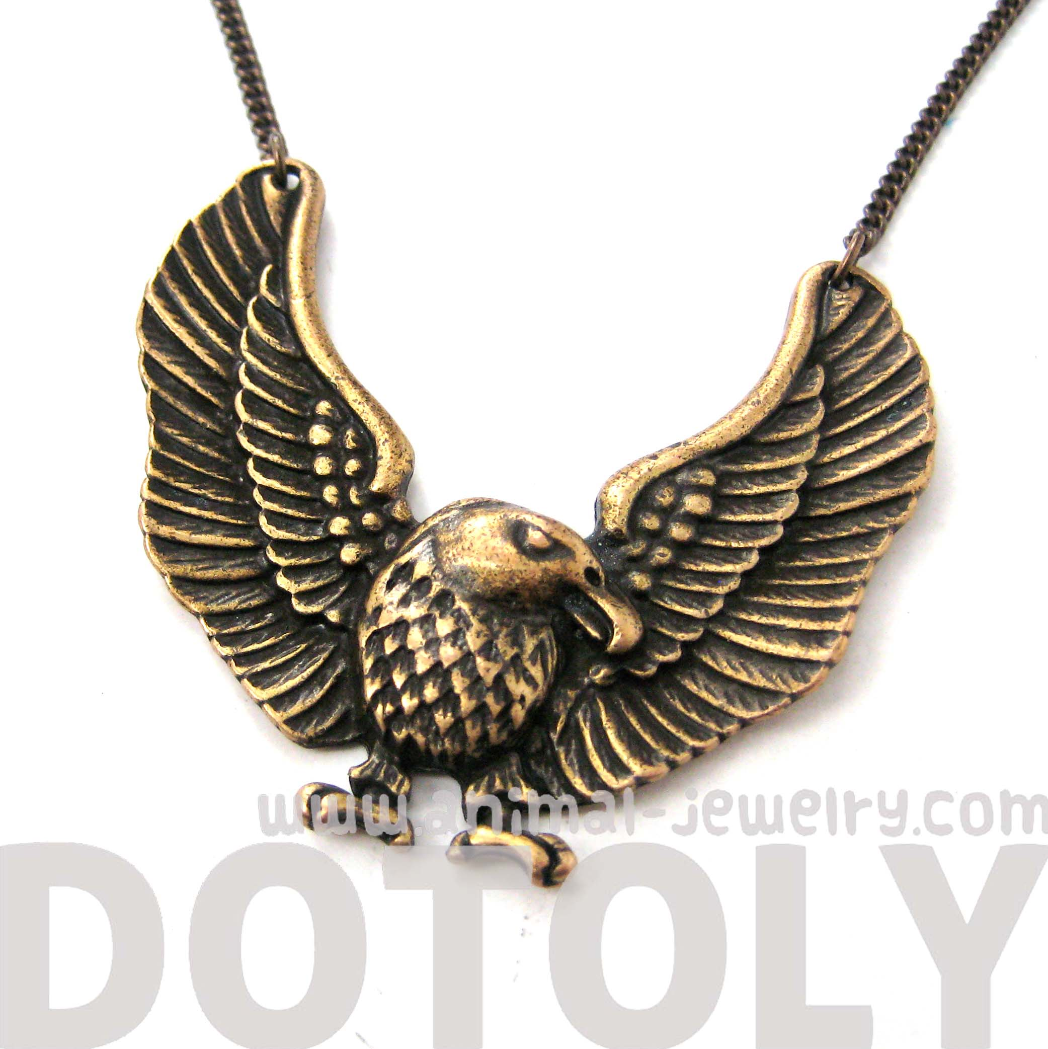 detailed eagle hawk bird shaped animal pendant necklace in