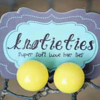 knotiegumball earring - lemon