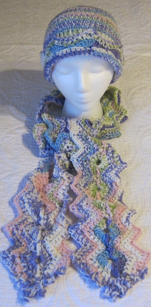 Crochet Scarf Patterns Zigzag : Crochet Hat and Scarf Multi Color in Pastels Very Feminine Zig Zag ...