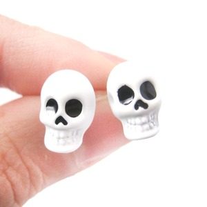 Unisex Rocker Chic Emo Skull Shaped Skeleton Themed Stud Earrings in White