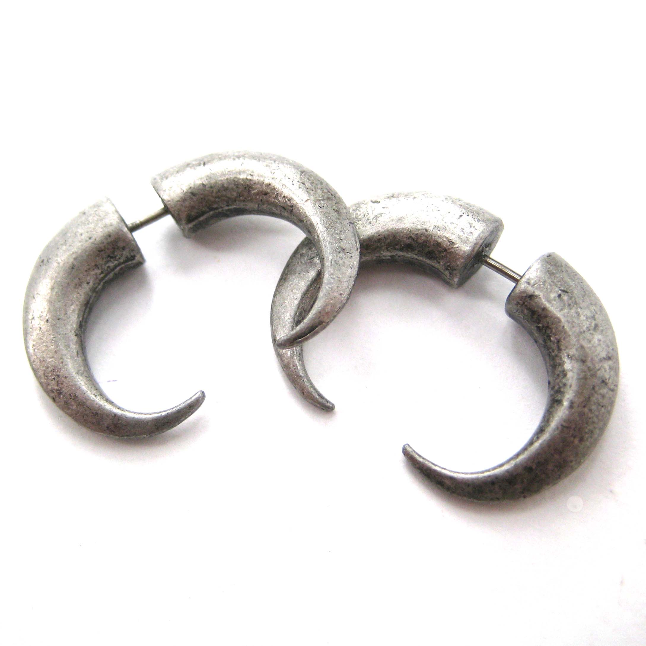 3d Fake Gauge Horn Hook Rocker Chic Spike Stud Earrings Silver   Thumbnail 3
