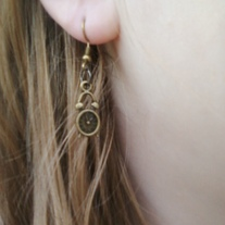 Wonderland clock earrings