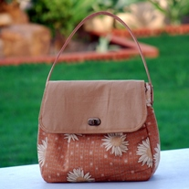 50s Inspired Hobo Bag - Daisies - Mother's Day Specia - Was $75 Now $60