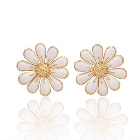 White Flower Earring- Gold Plated