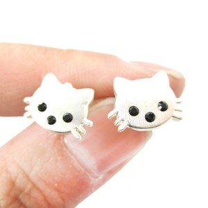 Super Cute Small Kitty Cat Shaped Animal Stud Earrings in Silver