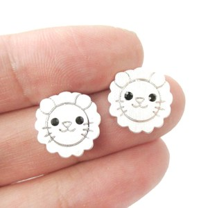 Adorable Lion Shaped Simple Animal Jewelry Stud Earrings in Silver