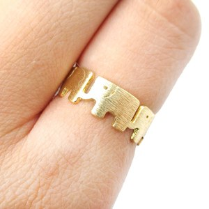 Row of Elephants Silhouette Animal Ring in Gold | US Size 6 and 7