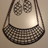 The Grid Necklace Set