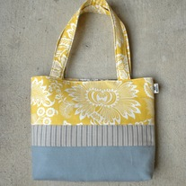SCRAPPY TOTE IN PARTLY SUNNY