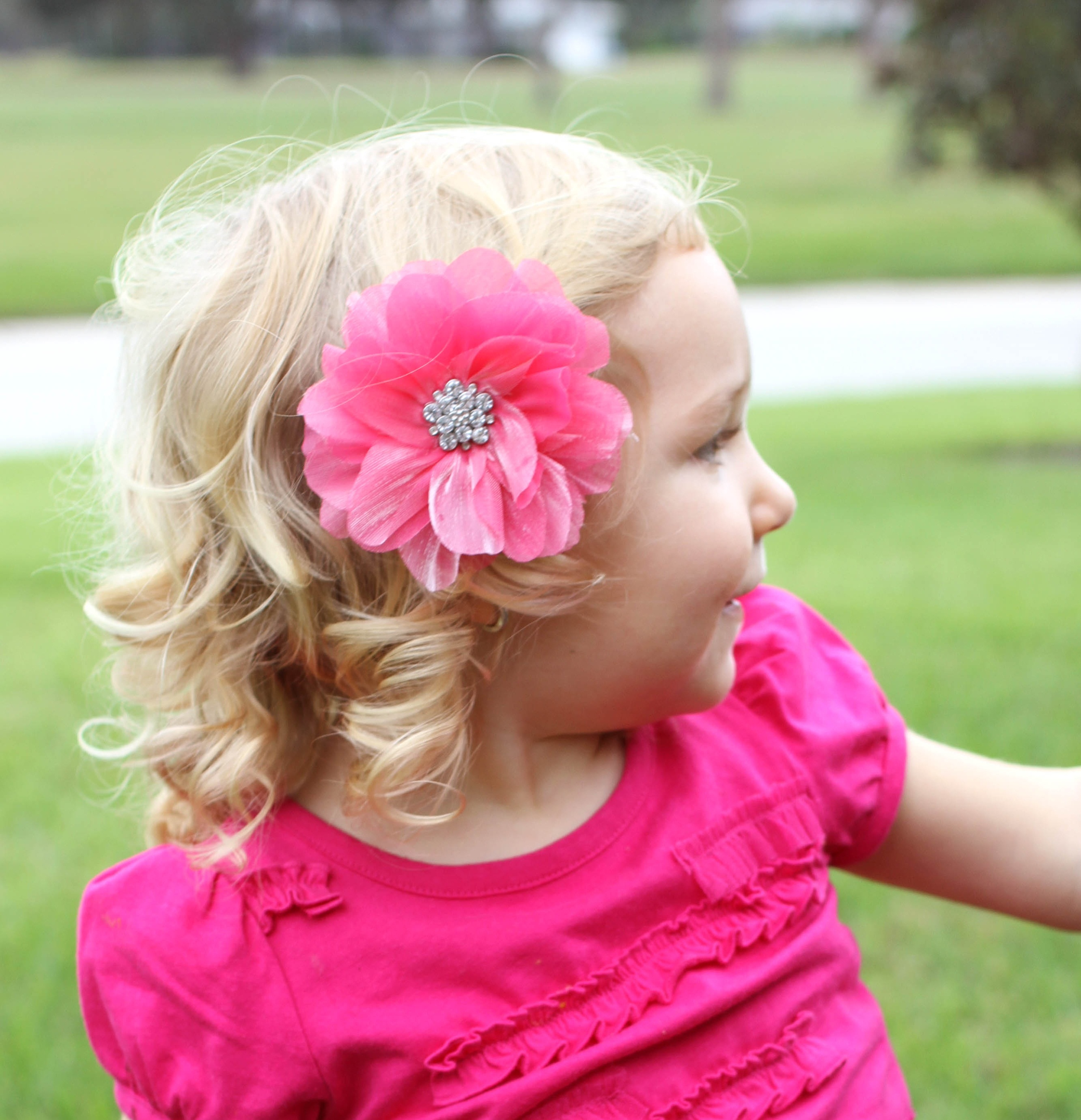 how to put a bling loop flowers in hair