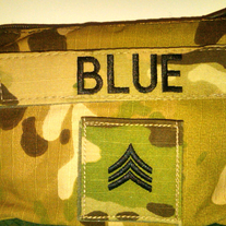Multicam_change_purse_with_name_tape_and_rank_medium