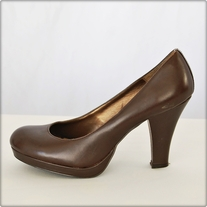 Brown Leather Chunky Heel Pumps
