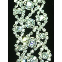 Crystal Sparkly Trim (chain backing)(yd)