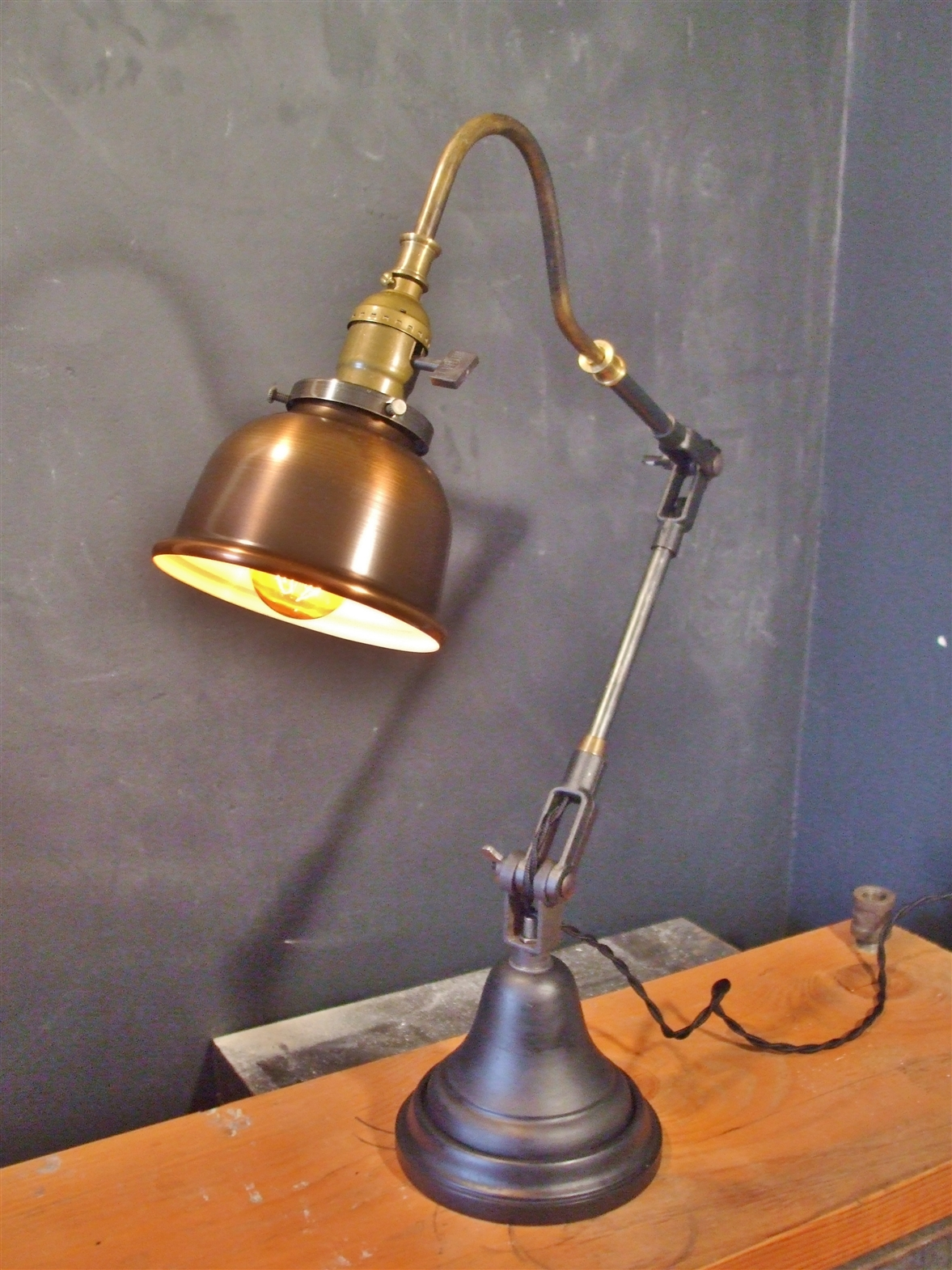 Vintage Industrial Style Desk Lamp W Copper Shade 183 Dw