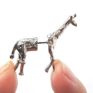 3D Fake Gauge Realistic Giraffe Animal Stud Earrings in SHINY Silver