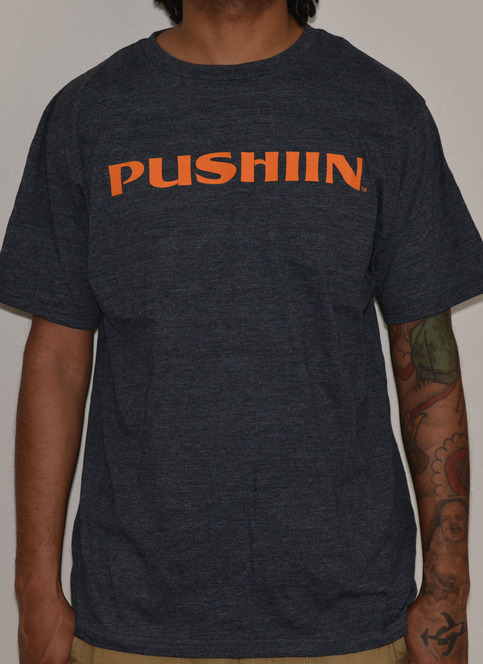 PUSHIIN LOGO T-SHIRT
