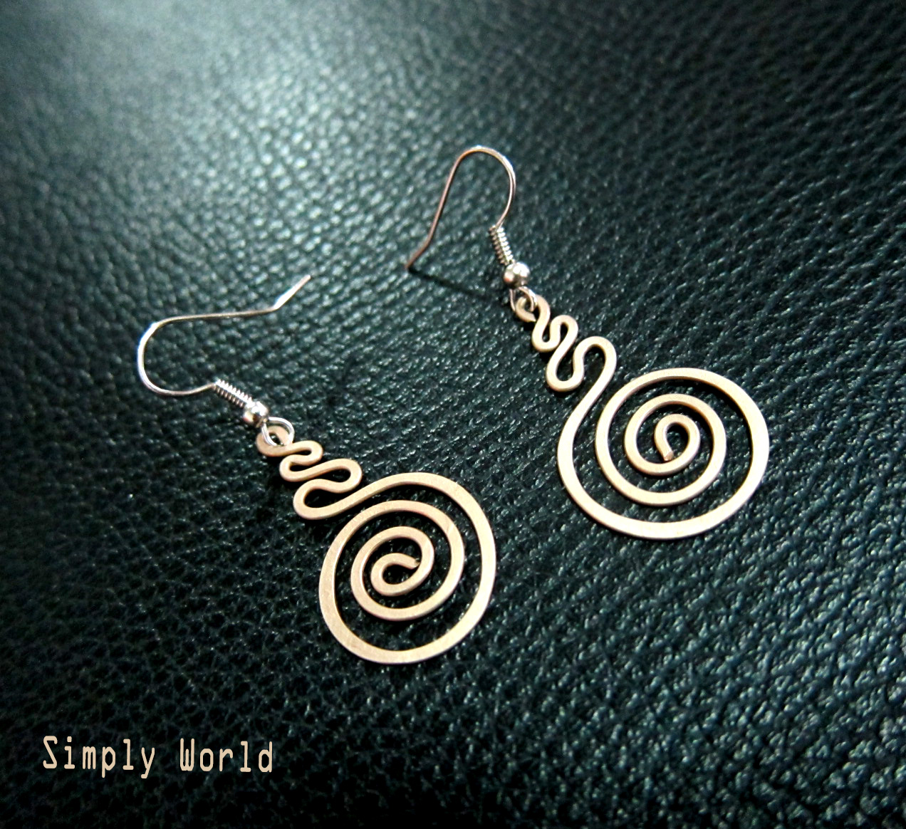 Bronze Dangle Earrings Roll Handcraft Fashion Designs Handmade