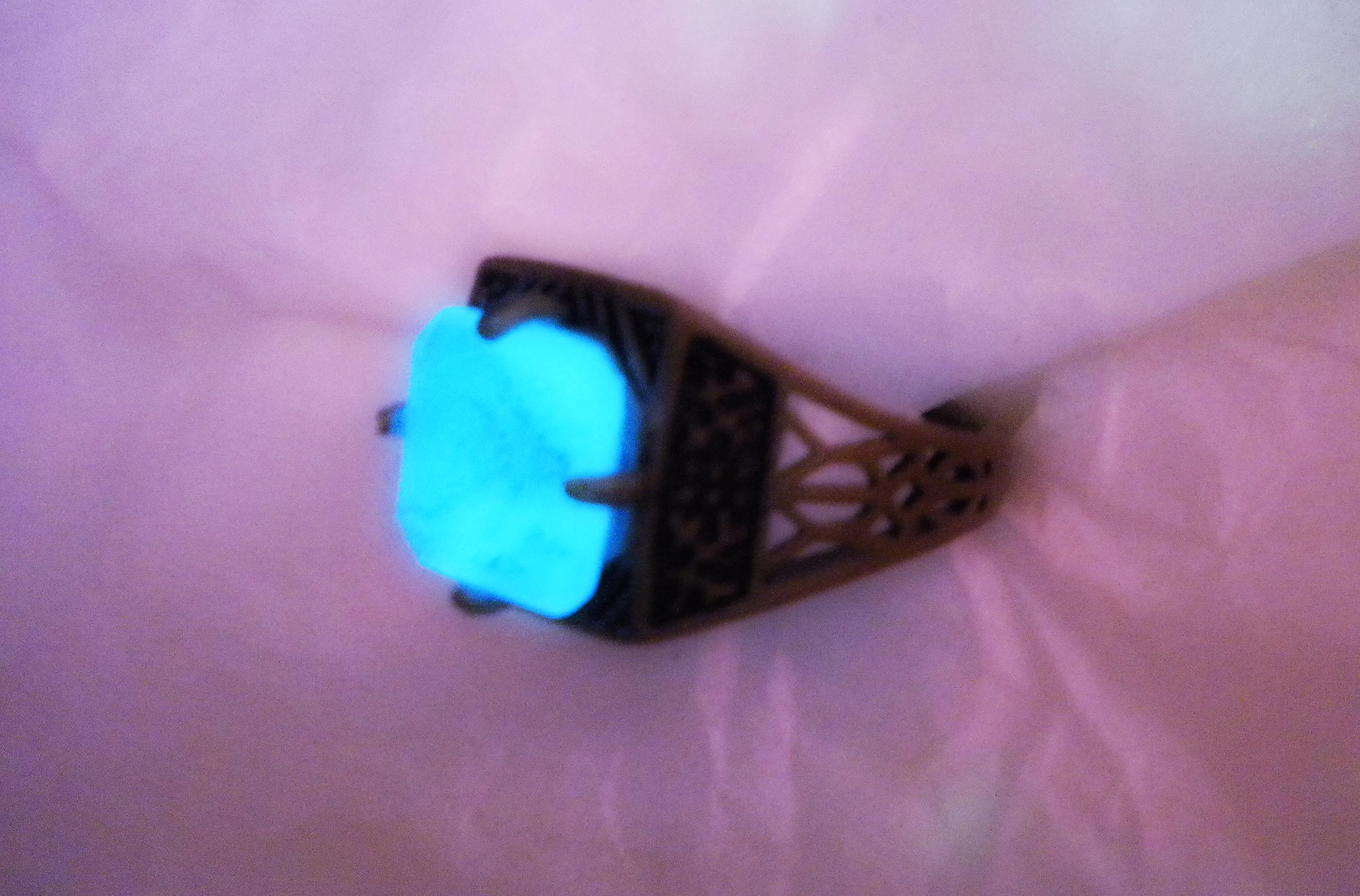 original dark celtic relic the dwarven artifact glow dragon cryst products rings in collections ring