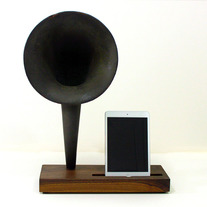 Horn-walnut-ipad-1_medium