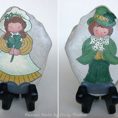 Happy st. patrick's day - reversible painted rock with stand - free usa shipping
