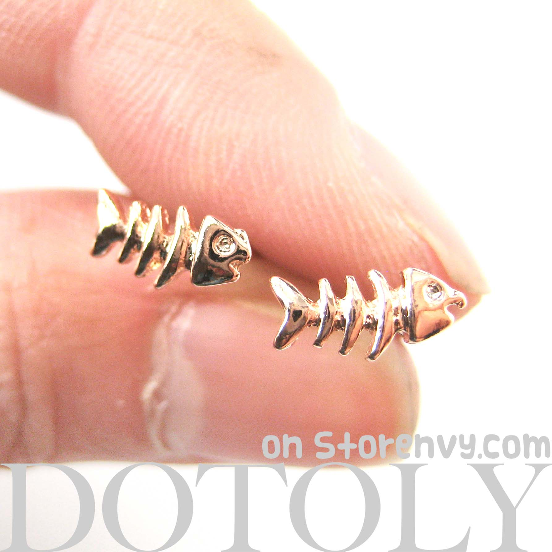 Dotoly plus small fish bone fishbone animal stud for Fish bone earrings
