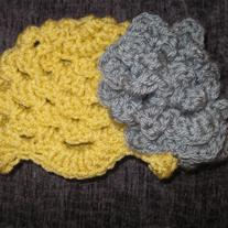 Yellow_and_grey_hat_medium