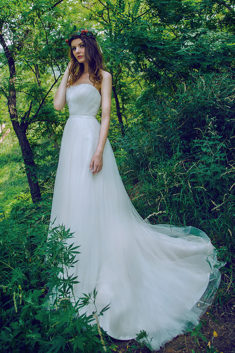 Camo military wedding dresses curvy brides online for Free wedding dresses for military brides