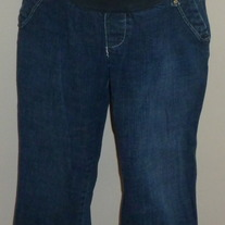 Denim Capris-Old Navy Maternity Low Rise Size Medium  05183