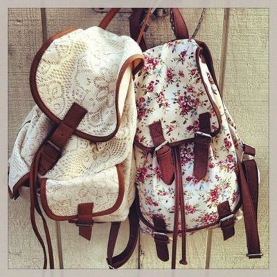 White flowers backpack bag vos37ym