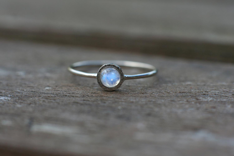 Rainbow Moonstone Ring In 14k White Gold Moonstone