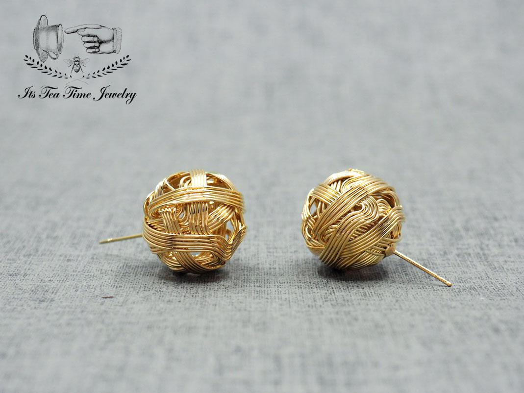 Knot studs earrings, Gold ball stud earrings, wire ball earring ...