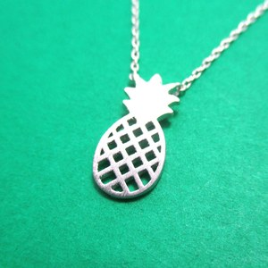 Pineapple Cut Out Shaped Summer Fruit Charm Necklace in Silver