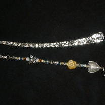 Beaded Bookmark Yellow/White/Floral/Hope