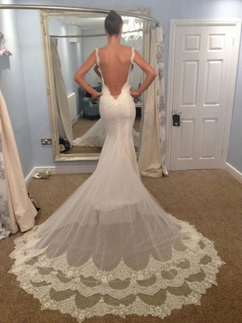 Spaghetti strap mermaid wedding dress backless sexy for Spaghetti strap backless wedding dress