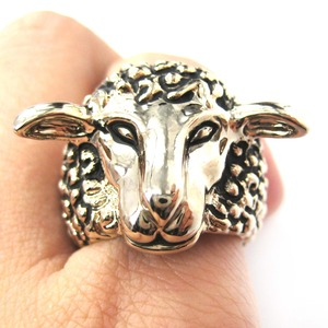 Adjustable Sheep Lamb Detailed and Realistic Animal Ring in Gold