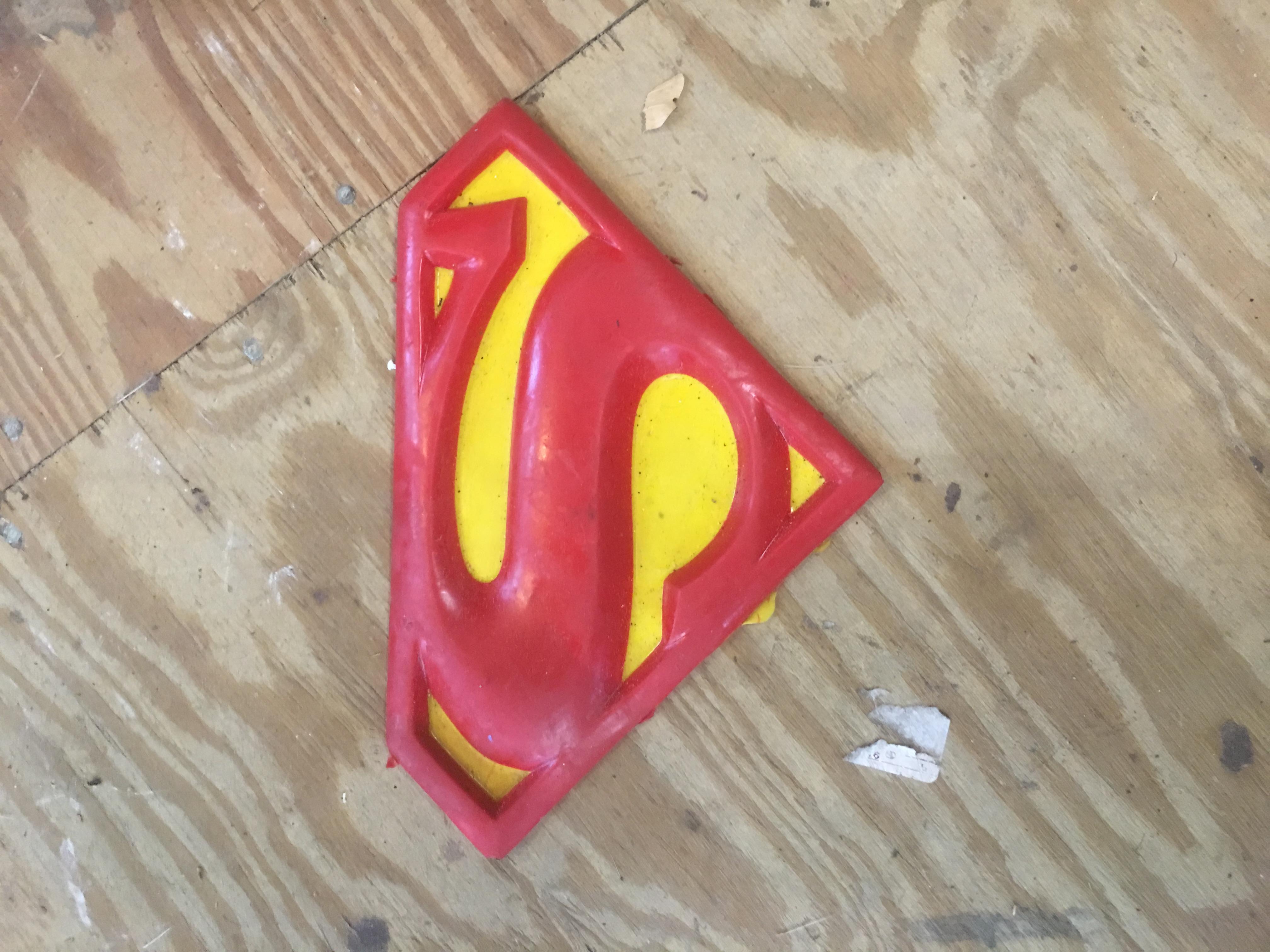 Superman Comic Chest Symbol Overstock Jester Fx Studios