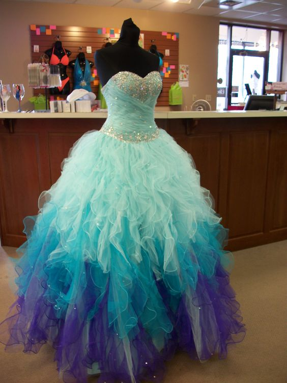 New Light Blue Tiered Skirt Ball Gown Prom Dresses,Sweetheart Beaded ...
