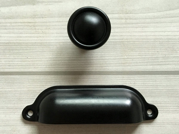 black knobs dresser drawer pulls handles knobs kitchen cabinet knob cup bin retro kitchen. Black Bedroom Furniture Sets. Home Design Ideas