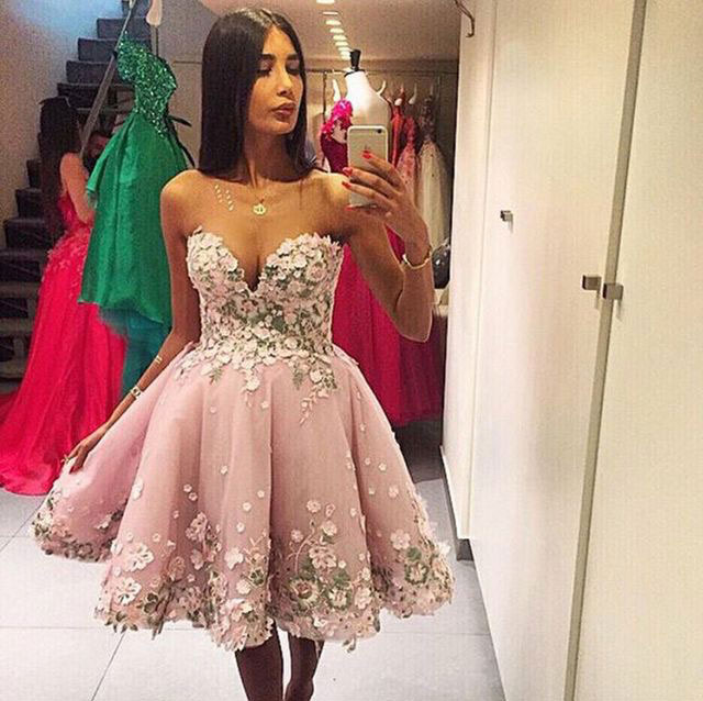 Romantic Sweetheart Short Prom Dresses With 3d Flowers