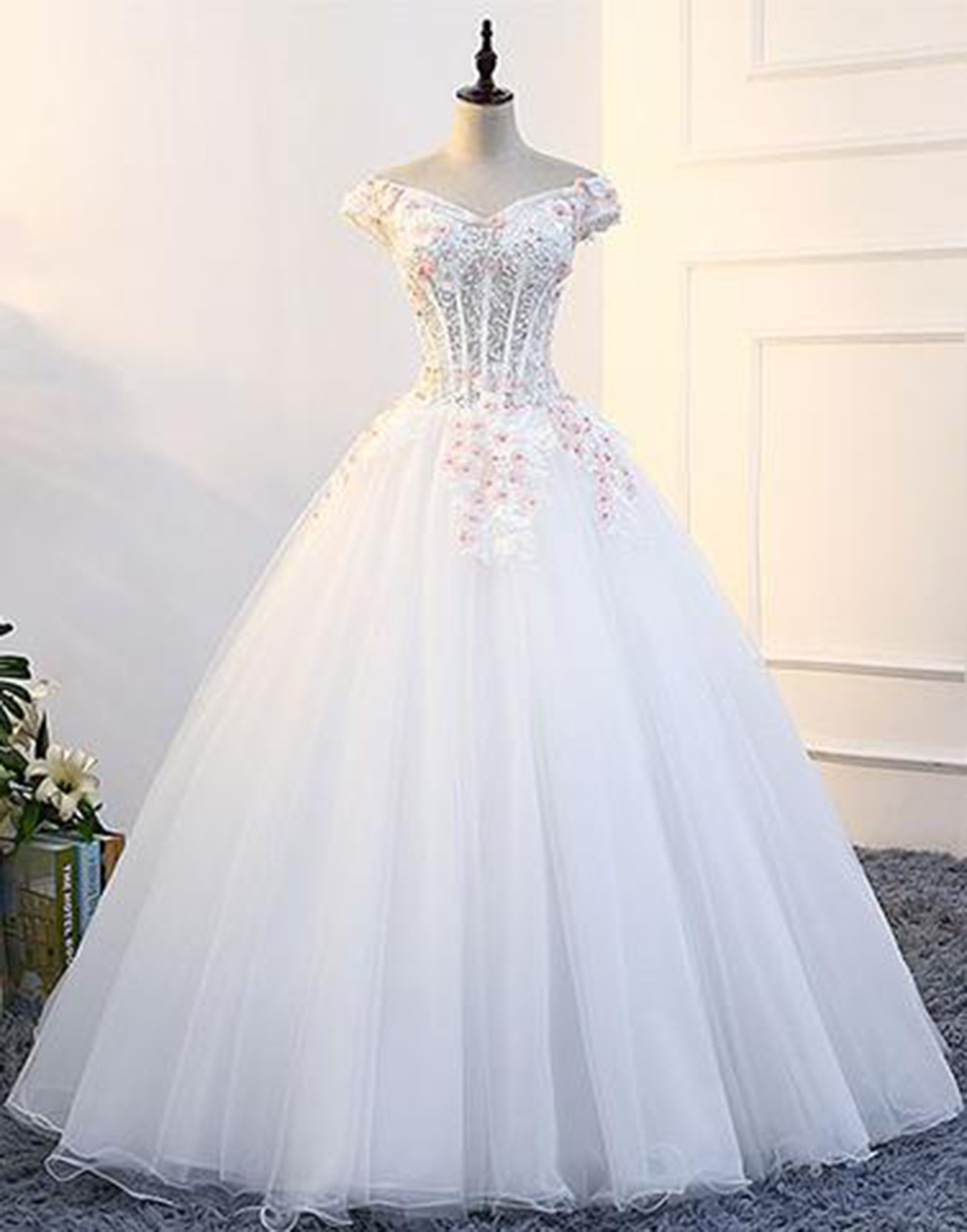 White tulle off shoulder V neck strapless long formal prom dress ...