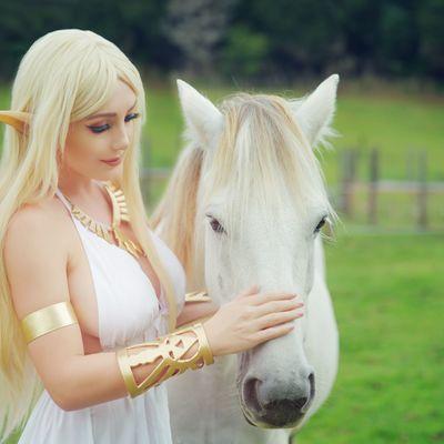 Zelda horse (11x17 autographed print)
