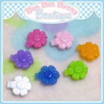 Tiny Treat Hair Clip - Flower A
