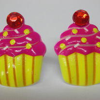 Cupcake Post Earrings