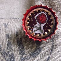 Rose_20bottlecap_20pin_medium