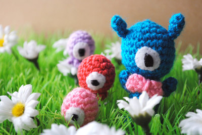 Amigurumi Aliens. Crocheted doll. Made to order.
